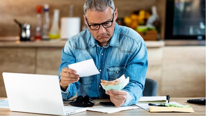 Thuiswerk: moet mijn baas mij voor mijn kosten vergoeden?