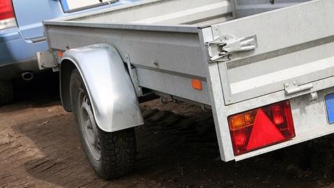 Autoverzekering nodig voor een aanhangwagen?
