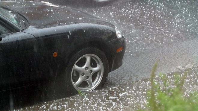 verzekerd tegen hagelschade aan auto