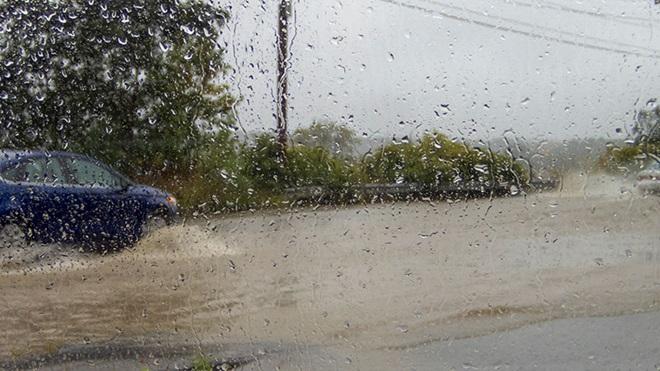 verzekerd tegen stormschade aan auto