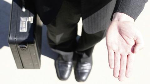 Schuldvordering: het mes in de extra kosten