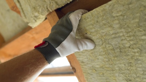 renovating insulating a house